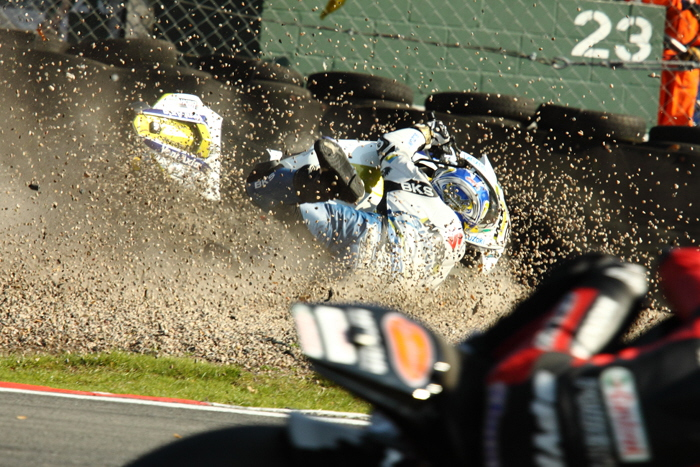 BSB Oulton Hill Crashes Into The Gravel Pit