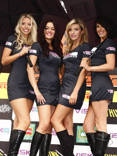 Knockhill PitWalk - ViSK Girls 2009