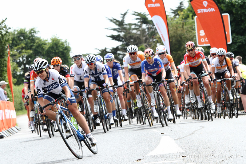 30Km to finish... Aviva Women's Tour 2015 | Stage One