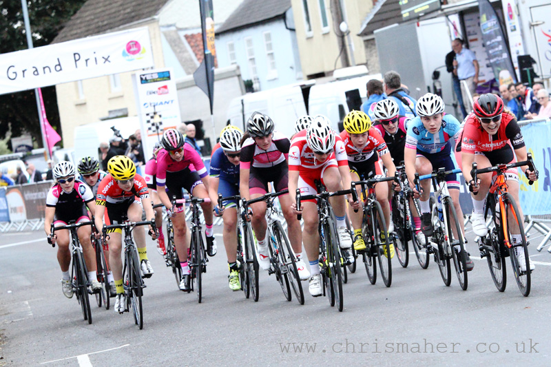 Bell Lap... Giant Sheffield Women's Elite Race