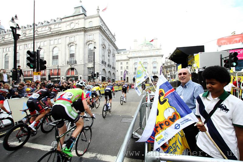 Aviva Tour of Britain 2015 Stage Eight Race Start...