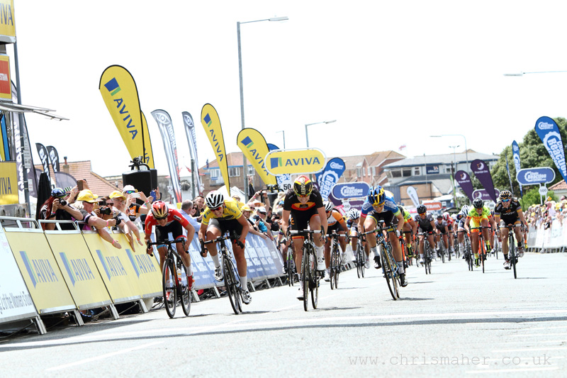 Aviva Women's Tour 2015 | Stage Two - Finish Line...