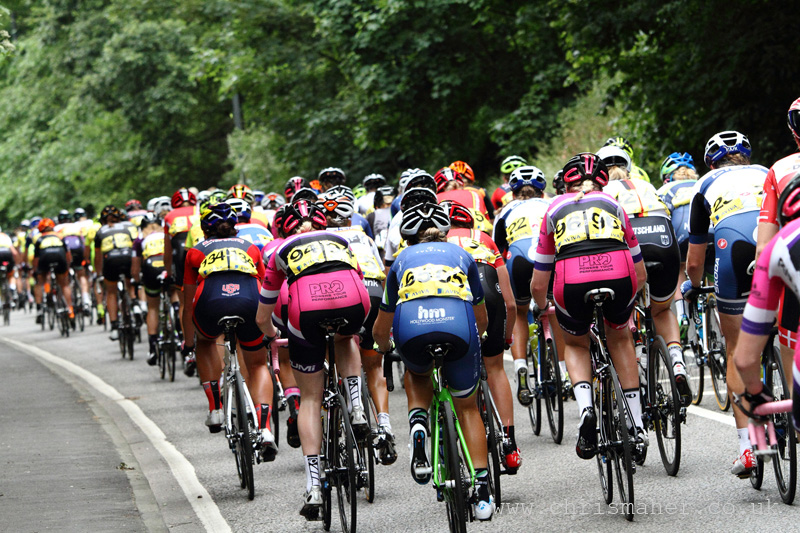 Aviva Women's Tour 2015 | Stage Four - Peleton