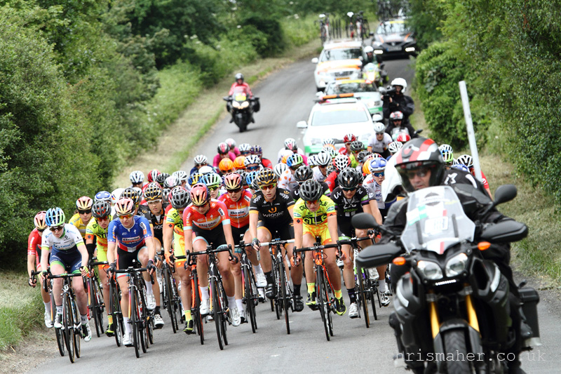 Aviva Women's Tour 2015 | Stage Four Peleton