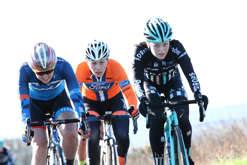 Hannah Walker, Henrietta Colborne & Eleanor Dickinson... Chasing Group!
