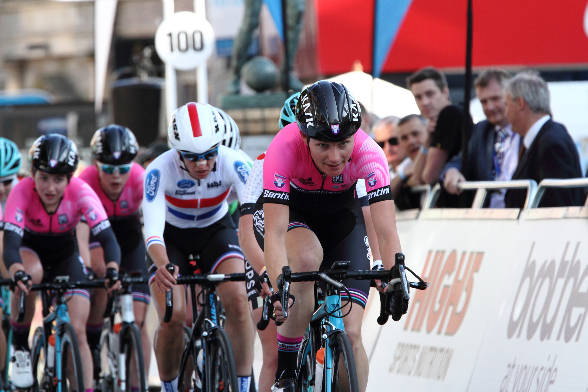 Taking to the lead, late on! Dame Sarah Storey, Podium Ambitions