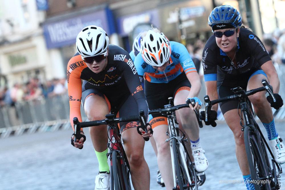 Rosie Walsh - Jadan Press Women's Circuit Race 2016