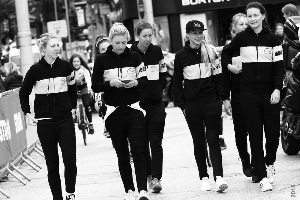 Aviva Women's Tour 2016 | Stage 4 Nottingham to Stoke-on-Trent Sign-on...