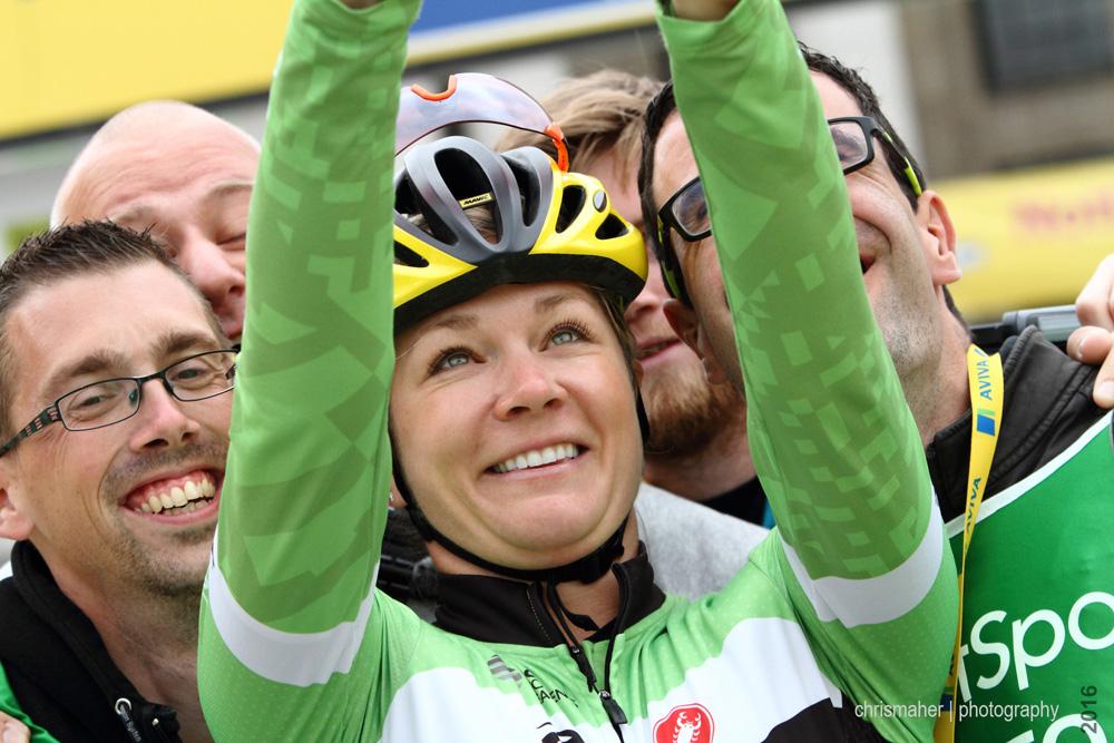 Aviva Women's Tour 2016 | Stage 4 Nottingham to Stoke-on-Trent Selfie with Alison Tetrick